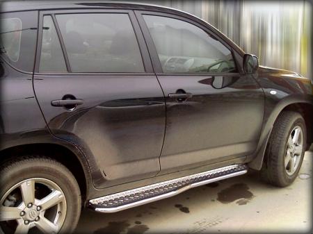 Toyota Rav-4 2010-2012г.в.-Пороги с листом фигурные d-43